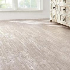 Home Decorators Collection 7.5 In. X 47.6 In. Whitewashed Oak Luxury Vinyl  Plank Flooring (24.74 Sq. Ft. / Case)