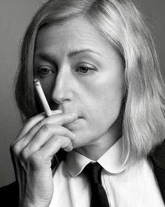 photo noir et blanc : Cindy Sherman, artiste US, photographe, portrait de femme, femmes artistes