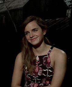 Emma Watson gif - She's so pretty!