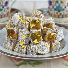 Try it and let our tongue taste sweet Fantastic Turkish Delight Recipes - Nutella 2019 Turkish Delight, Turkish Sweets, Best Pie, Flaky Pastry, Mince Pies, Turkish Recipes, Recipe Images, Homemade Cakes, Nutella