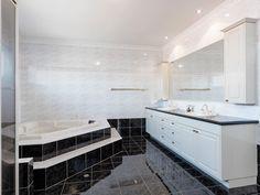 Extensive bathroom with spa Alcove, Spa, Bathtub, Homes, Bathroom, Places, Standing Bath, Washroom, Houses
