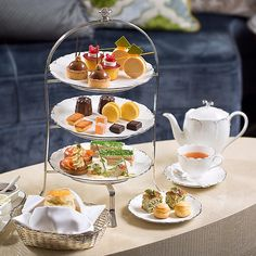 New Jade Lounge Afternoon Tea. Available within a few weeks @mo_tpe #afternoontea #dessert #taipei #patisserie #pastry