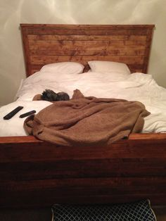 Our DIY bed Plan by: Ana White Stain: Red Oak