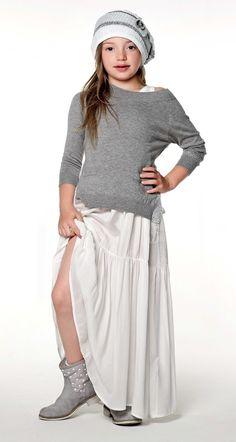 TWIN-SET Girl collection: Sweater, sleeveles long dress, knitted haft anf polka-dot biker boots
