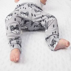 Our awesome LIMITED EDITION Geo Fox leggings are available NOW! #babyleggings #kidsfashion