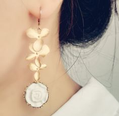 Handmade Porcelain Moonlight Rose Earrings — Bora Bohème Golden Leaves, Rose Earrings, Ethical Fashion, How To Look Pretty, Moonlight, Fashion Inspiration, Porcelain, Fashion Jewelry, Feminine