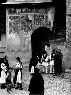 Paul Strand: Leaving Church, Rasinari, Romania, 1967
