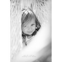 this blog, a photo every day of the most adorable little girl, makes me thrilled even more that I'll have a little girl :)