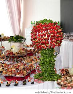 Banket Buffet mit Fingerfood, Obst für Hochzeit