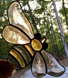 Items similar to Stained Glass Panel Bumblebee Suncatcher Honey Bee Clear Frosted Bevel Beekeeper Beekeeping Queen Bee x 5 on Etsy Bee Honeycomb, Honeycomb Pattern, Fused Glass Art, Mosaic Glass, Tree Bees, I Love Bees, Bee Art, Stained Glass Designs, Bee Design
