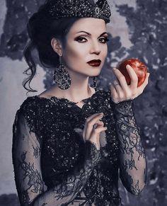 The Queen Is Dead, I Am A Queen, Ella Enchanted, Dark Queen, Evil Queens, Swan Queen, Regina Mills, Outlaw Queen, Fantasy Costumes