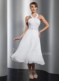 A-Line/Princess Halter Tea-Length Chiffon Homecoming Dress With Beading Pleated (022014804) - DressFirst