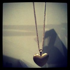 All we need is love Pearl Necklace, Pendant Necklace, Pearls, Chain, Jewelry, Jewlery, Jewels, Beads, Necklaces