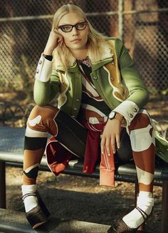 Aline Weber Is Uptown School Girl In Shxpir Snaps For Modern Weekly China - 3 Sensual Fashion Editorials | Art Exhibits - Women's Fashion & Lifestyle News From Anne of Carversville