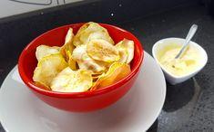 Chips de batata-doce no microondas