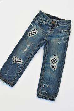 Our Moto Skinny jeans are a unisex fit handmade for the little racer in your life. Each pair is handmade especially for you. Therefore slight variations may occur. That's what makes each pair unique, 1-of-A kind and just plain RAD!!!