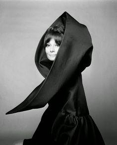 - Black & White -  Audrey Hepburn, 1963 Giampaolo Barbieri