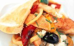 Grekisk sallad med kyckling och pitabröd Ost, Nom Nom, Tacos, Mexican, Ethnic Recipes