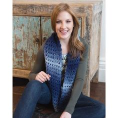 Jeans Worthy Cowl -( Crochet hook) cowl measures wide circumfrence Bulky weight pattern calls for approx 260 yards or 236 meters total yarn for this project Crochet Scarves, Crochet Shawl, Crochet Yarn, Crochet Clothes, Infinity Scarf Knitting Pattern, All Free Crochet, Beginner Crochet, Patterned Jeans, Red Heart Yarn