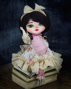 Good Day! Belle is looking for someone to share her #cottoncandy on her #foreverhome  #danita #danitaart #doll #artdoll #toy #brunette #bigeyes #mixedmedia #cute #handmade #handcrafted #girl