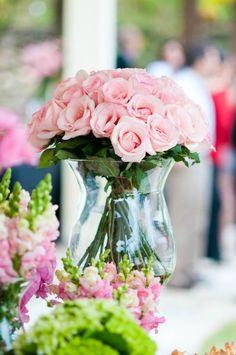 Cómo elegir las flores y los arreglos de la decoración de tu boda de acuerdo a tu bolsillo