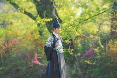 100 Days My (Hangul: 백일의 낭군님; Hundred Day's Husband) is a 2018 South Korean television series Kyungsoo, Kaisoo, Chanyeol, Exo Korean, Korean Drama, Asian Actors, Korean Actresses, Do Kyung Soo, Exo Memes