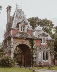22 best homes of old detroit images detroit ruins ruin state of rh pinterest com