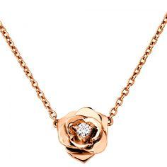 Jewelry Finder Necklaces | Martha Stewart Weddings