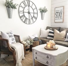 Neutral Farmhouse Style -IG @nellyfriedel