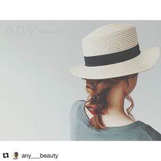 ヒシガタバレッタ レッド 帽子との合わせ方 とっても好きな感じです ありがとうございます #Repost @any___beauty with @repostapp 今日は カンカン帽とヒシガタバレッタ うんこの組み合わせ好きー 耳より上の髪をまとめてくるりんぱ おくれ毛よけて残りをひとつにくるりんぱ 毛先をもっかいくるりんぱ 毛先のゴムんとこにバレッタつけて 出来上がり #hairstyle#hairarrange#ヘアスタイル#ヘアアレンジ#ヘアセット#セルフアレンジ#くるりんぱ#波ウェーブ#編みこみ#シニヨン#美容師#美容室#福井美容室#鯖江美容室#hair&make cover #maiarrange#カンカン帽#カンカン帽アレンジ#san_official#ヒシガタバレッタ