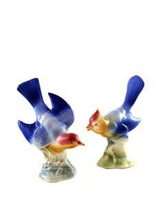 Vintage Pair of Blue Birds - Mid Century Bird Figurines #homespunsociety