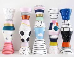 Painted Plant Pots, Painted Flower Pots, Cute Crafts, Diy And Crafts, Arts And Crafts, Pots D'argile, Flower Pot Art, Keramik Design, Diy Cadeau