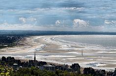 Vue de Houlgate vers les plages du débarquement, via Flickr.