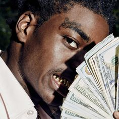 An MC who broke out of Pompano Beach, Florida when he was just 18 years old, Kodak Black (Dieuson Octave) attracted listeners with a sound that harked back to the Dirty South of the '90s.