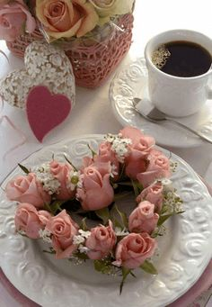 The perfect Roses Animation Animated GIF for your conversation. Discover and Share the best GIFs on Tenor. Coffee Love, Coffee Art, Coffee Break, Coffee Cups, Good Morning Coffee, Good Morning Greetings, Good Morning Good Night, Mini Desserts, Happy Weekend Images