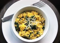A satisfying, vitamin-packed quinoa and egg scramble offers a whopping grams of protein per serving with little effort. Get the recipe: quinoa egg scramble Protein Rich Breakfast, High Protein Dinner, Quinoa Breakfast, Healthy Breakfast Recipes, Healthy Recipes, Breakfast Spinach, Spinach Recipes, Breakfast Ideas, Quinoa Pancakes