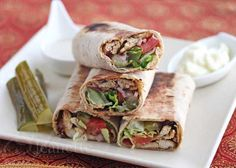 Can you say Shawarma fast ten times? The last few weeks, I've been obsessing about Shawarma Chicken Wraps and just imagining what it would . Chicken Wraps, Chicken Wrap Recipes, Chicken Meal Prep, Think Food, I Love Food, Schawarma Rezept, Food Porn, Chicken Spices, Lebanese Recipes