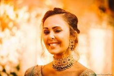 Stunning Chokers You Can Wear At Your Intimate Wedding At Home! Indian Wedding Jewelry, Bridal Jewelry, Jewelry Box, Gold Jewelry, Indian Wedding Planning, Pearl Choker Necklace, Minimal Jewelry, Home Wedding, Fashion Necklace