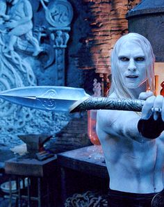 Net Photo: Luke Goss star as Prince Nuada in Universal Pictures' Hellboy The Golden Army.: Luke Goss star as Prince Nuada in Universal Pictures' Hellboy The Golden Army. Image ID: . Pic of Luke Goss - Latest Luke Goss Image. Hellboy 2004, Hellboy Movie, Science Fiction, Medici Masters Of Florence, Golden Army, Sword Fight, Mike Mignola, Universal Pictures, The Villain