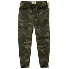 Hollister Twill Jogger Pants ($50) ❤ liked on Polyvore featuring men's fashion, men's clothing, men's activewear, men's activewear pants and green camo