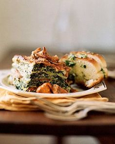 Wild Mushroom and Spinach Lasagna - Martha Stewart Recipes. This hearty vegetarian lasagna has five pounds of fresh spinach and three pounds of wild mushrooms. Madeira wine and lots of fresh parsley depth and flavor to the creamy sauce. Vegetarian Casserole, Casserole Recipes, Pasta Recipes, Vegetarian Recipes, Cooking Recipes, Lasagna Recipes, Spinach Casserole, Spinach Recipes, Vegetarian Dinners