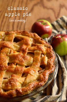 classic apple pie & a rustic fall wedding | Brooklyn Homemaker