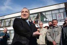 23 kwietnia 2007. Przemysław Gosiewski po otrzymaniu honorowego obywatelstwa Włoszczowy. Na uroczystość przybyło 400 osób, niektórzy czekali na ówczesnego ministra przed domem kultury. Dziękowali mu m.in. za słynny przystanek Włoszczowa-Północ