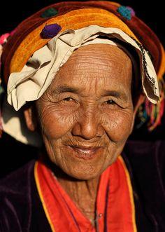 Myanmar Palaung people