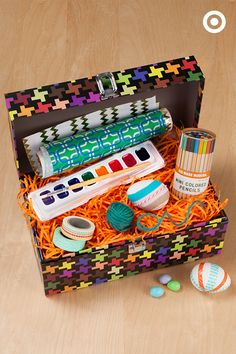 Want to dream up an Easter gift that's clever and crafty for your kid or friend who makes everything? Put together the ultimate Easter basket with everything from paint to washi tape to yarn and more. Hoppy Easter, Easter Gift, Gifts For An Artist, Dyi Crafts, Easter Baskets, Washi Tape, Holiday Parties, Thoughtful Gifts, Spring Time