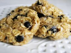 Easy No Bake Oatmeal Cookies (Blueberry) - gluten free (and can be dairy free)