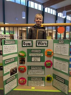 This is a science fair project your kid can basically do on Winning Science Fair Projects, Stem Fair Projects, Science Project Board, Science Fair Board, Science Fair Projects Boards, School Projects, Sink Or Float, Expo Sciences, Science Experiments Kids