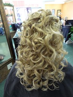 Prom hair  Capelli Salon