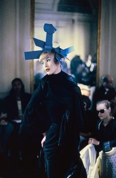 John Galliano Fall 1994 Ready-to-Wear Fashion Show - Linda Evangelista
