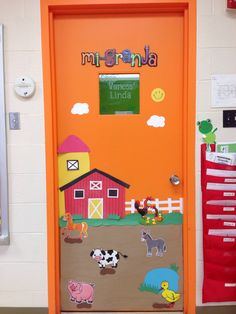 Door decor for farm animals theme.